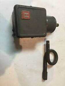 Honeywell Pressuretrol Presure Controller L404A 1008 1 Pneumatic Controller #367