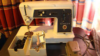Vintage Singer model  655 G Sewing Machine w/ cams & some accessories /Germany