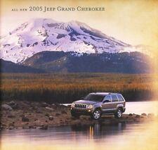 2005 Jeep Grand Cherokee Laredo Limited Dealer Sales Brochure