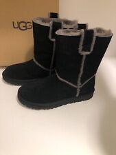 UGG Classic Short Spill Seam Size 8 Boots 1098078 Black Women's Sheepskin - NEW