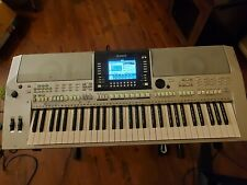 Yamaha PSR-S910 Arranger Keyboard. FREE bag.