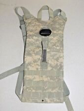US Military Issue 3L Camelbak 100 OZ Hydration System Carrier Pack in ACU USGI
