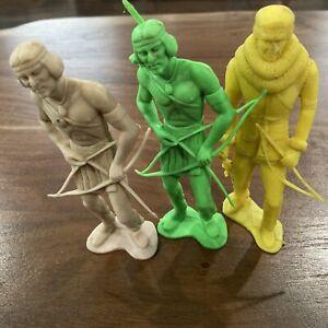 "Vintage Louis Marx 5"" Native American Indian~ Fronteirsman Plastic Figure Lot"