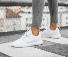 f37ebc1569a72 WOMENS NIKE ROSHE TWO SIZE 4.5 EUR 38 (844931 100) WHITE