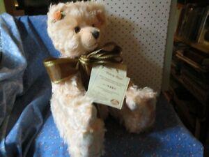 "NIB Hermann Posey Bear Peach Colored Mohair Stuffed Excelsior 432/500 10 1/4"" Si"