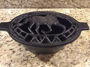 Humidifier Heavy Cast Iron Pot Decorative Horse EQUESTRIAN Vented Lid Lattice