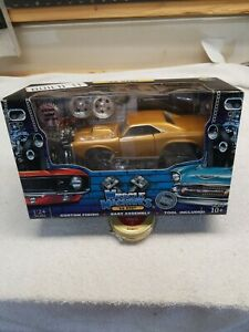 Muscle Machines Funline 1966 Pontiac GTO Gold 1:24 Scale Build It Kit