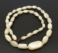 Vintage Mother of Pearl necklace white Oval beads