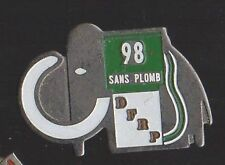 Pin's Station essence mammouth / DFRP 98 Sans plomb