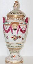KPM Berlin Porzellan Hohe Deckel Vase um 1820 Potpourrivase Löwenköpfe