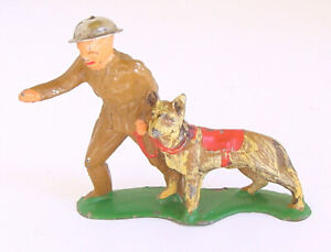 1930s BARCLAY MANOIL LEAD US ARMY SOLDIER K9 UNIT w GUARD DOG
