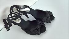 Damen Pumps H&M schwarz Velour Gr. 38 High-Heel-Sandalette