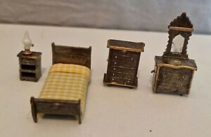 1/48th Scale Dolls House Miniature Bedroom Furniture