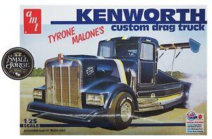 AMT1157, Bandag Bandit Kenworth Drug Truck - Tyrone Malone, Scale 1:25 .NEW