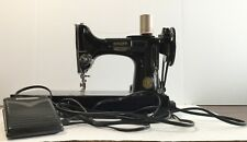 Singer Featherweight sewing machine 221 Made In 1948 / Extras