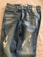 AMO Stix Crop- spin the bottle, slim fit, mid rise, Faded Blue Jean, Size 27