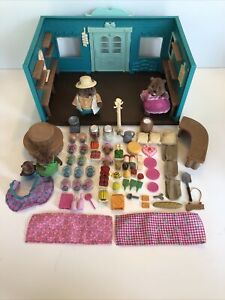 Calico Critters General Store Lot Beaver Family Woodeez EUC Pretend Toy