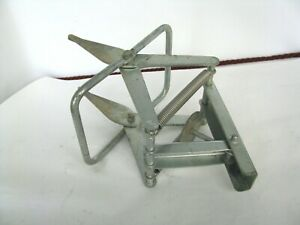 Easy Mole Trap Out-of-Sight Easy One-Step Galvanized Steel Traps