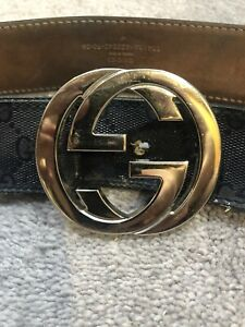 Gucci Belt Mens. Navy Leather With Logo. Size 90cm. Used-Good Condition