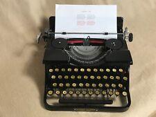 Torpedo 15a Schreibmaschine schwarz gelbe Knöpfe portable typewriter