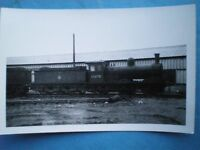 PHOTO  LNER EX NER WORSDELL CLASS J21 0-6-0 65070 AT DARLNGTON