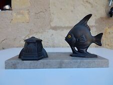 kitsch 1930S  HAPPY FISH  ART DECO INKWELL SET ON MARBLE BASE