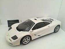 Minichamps 1:12 MCLAREN F1 ROADCAR 1994 WORLD RECORD PRODUCTION WHITE VERY RARE!