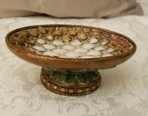 Cream and copper-colored green leaves resin soap dish