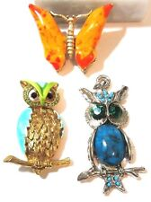 LOT OF THREE FIGURAL PINS PORCELAIN BUTTERFLY ORANGE PENDANT TWO OWLS VINTAGE