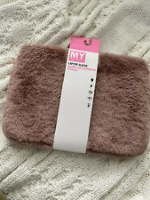 """MY tagalongs laptop sleeve fits sizes 13"""" to 15"""""""