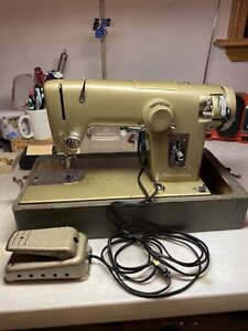 Vintage Sears Kenmore Model 1120 Sewing Machine w/ Pedal & Case Tested Works