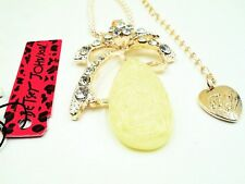 NWT Betsey Johnson Diamond White Crystal & Carved Alabaster Pendant Necklace
