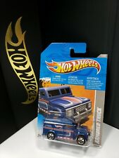 2011 HOT WHEELS VIDEO GAME HEROES ARMORED TRUCK - A4