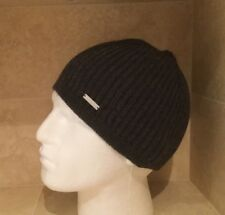 D Squared2 RIBBED HAT AND SCARF SET IN GREY BNWT