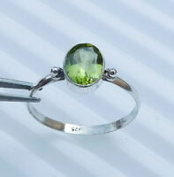1.40 Gm Natural Peridot Ring Stone 925 Solid Sterling Silver Ring Size 8.9 i1662
