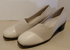 Munro American Beige Leather & Fabric Classic Pump Heel Women Size 6 M