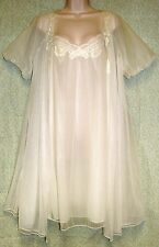 Vintage Kayser Lingerie White Double layered Semi-Sheer Nightgown & Robe Lg