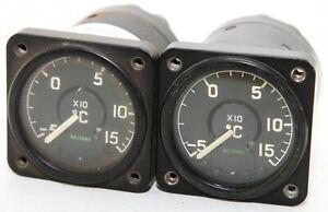 A pair of Oil temperature gauges, 6A/3683 (GC4)