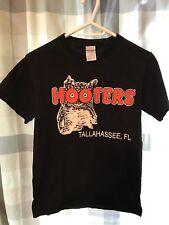 Hooters Tallassee FL black mens small T Shirt like new