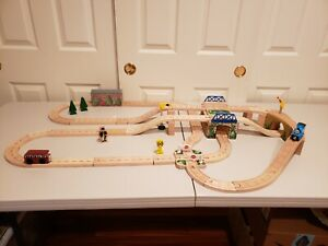 Thomas Train LC 99547 Wooden Railway Let's Have a Race Set Retired 2002