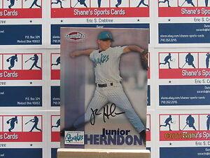1999 Équipe Best Autographes #27 Junior Herndon Tp