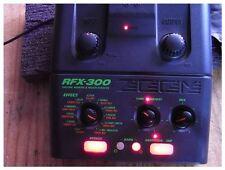 Zoom RFX-300 Digital Reverb & Multi Effects Processor Guitar Pedal F/S (0.9)