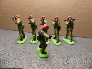 Britains Deetail Ltd. WW2 Paratrooper  Group Set
