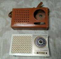 VINTAGE GENERAL ELECTRIC SUPER SIX TRANSISTOR RADIO  White- teal