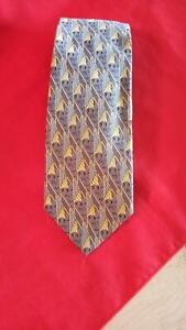 New with no tags Ermenegildo Zegna Men Tie 100% Silk Made In Italy