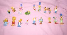 Lot de 18 figurines simpson