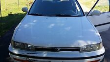 1990-1993 Honda Accord 4-DR Sedan Rear Vent Window Glass Passenger side /R OEM