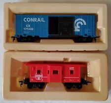 Model Power HO Scale 2 Train Freight Car Lot