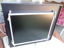 Monitor LG™ L1953TR in Seitenwand links für Fractal Design™ Define S / R 4 u. ä.