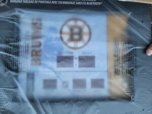 Team Sports America Boston Bruins NHL Bluetooth Scoreboard Wall Clock NEW